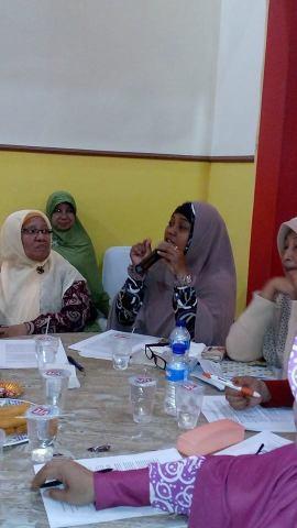 Sesi Diskusi Ibu Nur Jannah, Kranggan Bekasi BPJS buruk, sulit klaim. Apa bisa premi diambil kembali jika tidak sakit?